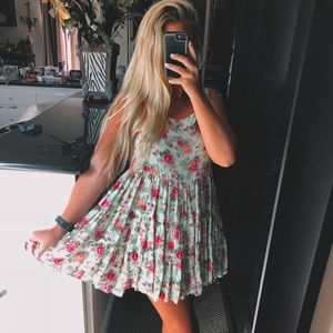 Dresses & Skirts - Yellow and pink floral dress